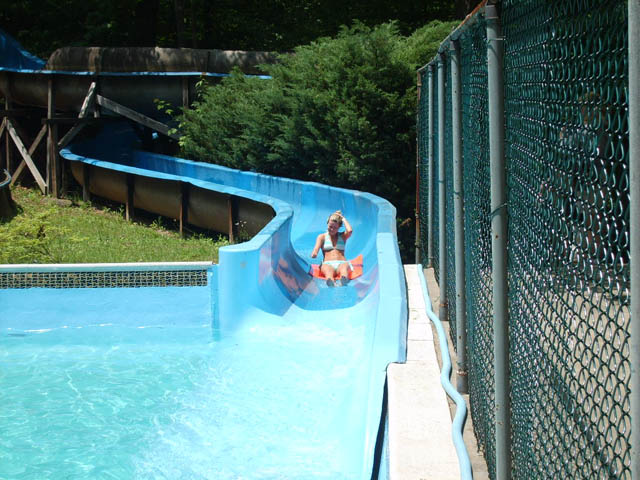 Water Slide Yogi Bear S Jellystone Park In Millrun