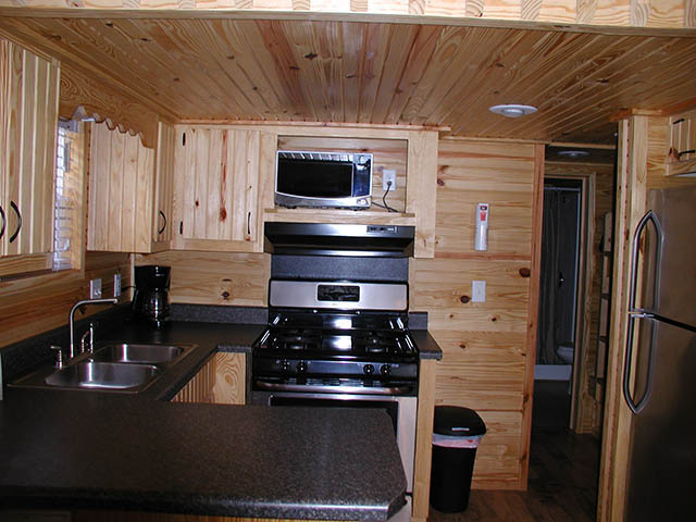 Yogi Bear™ Park Model Cabin 49 - 66 - 68 - 87 - 427 | Yogi Bear's