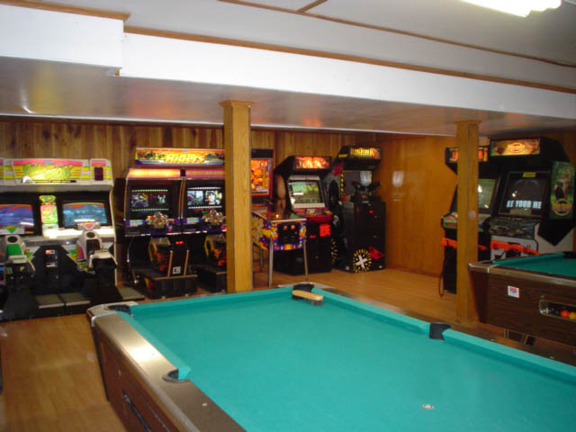 beautiful game room at Yogi Bear Jellystone Park in PA