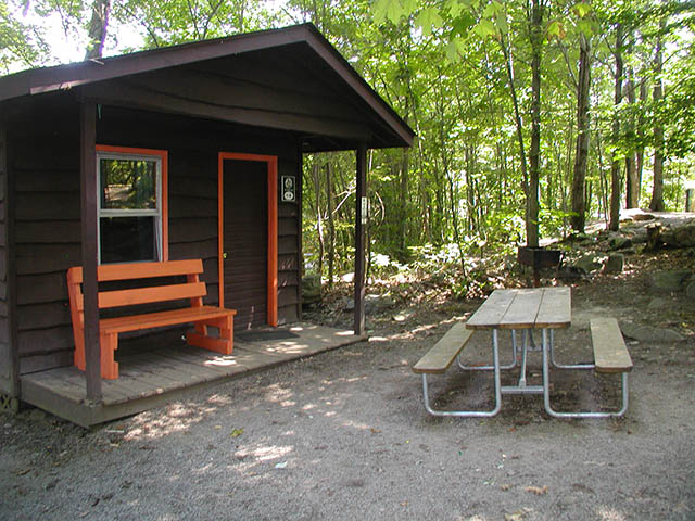 Boo Boo Pet Friendly Cabin close to Pittsburgh at Jellystone Park in Mill Run PA